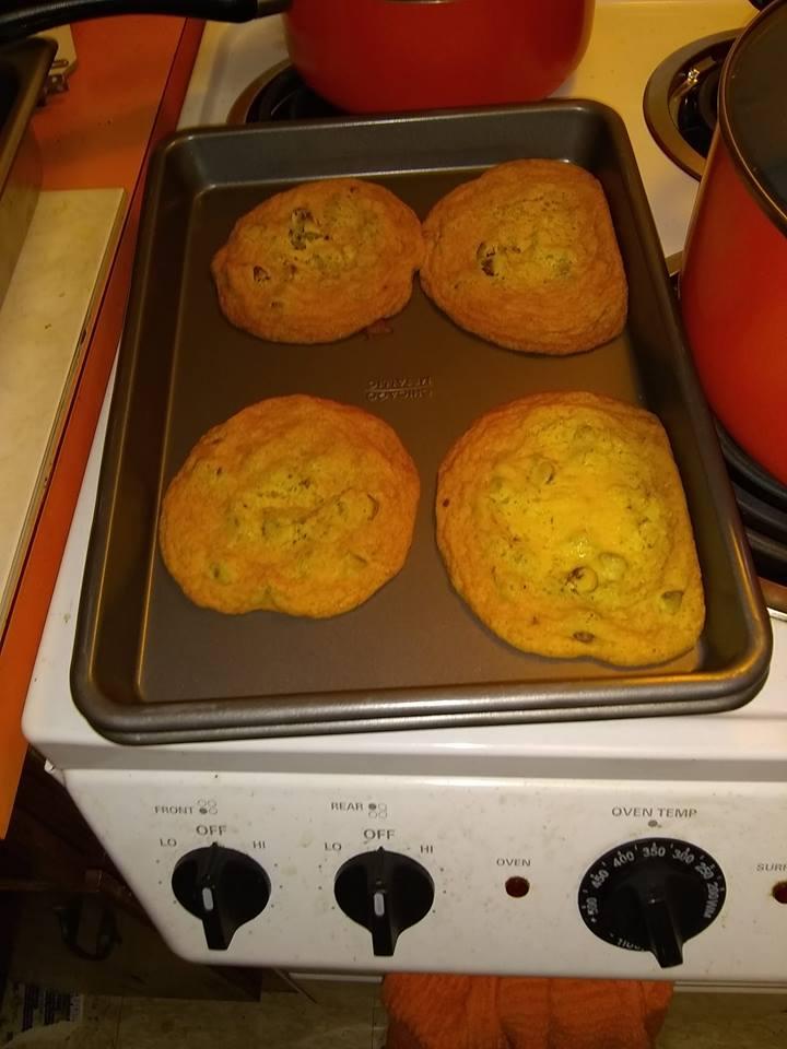 Choc. Chip Cookies..jpg