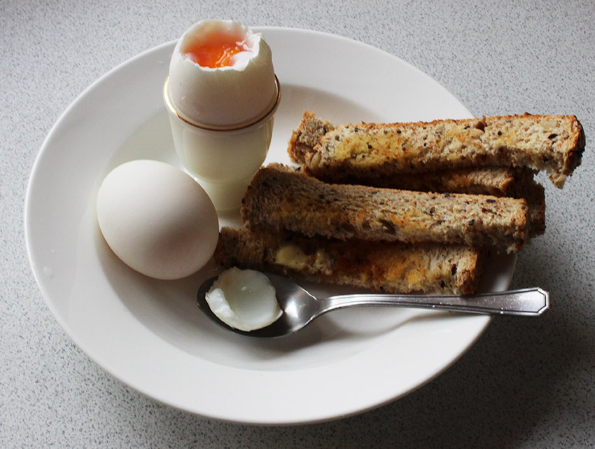egg and soldiers s.jpg