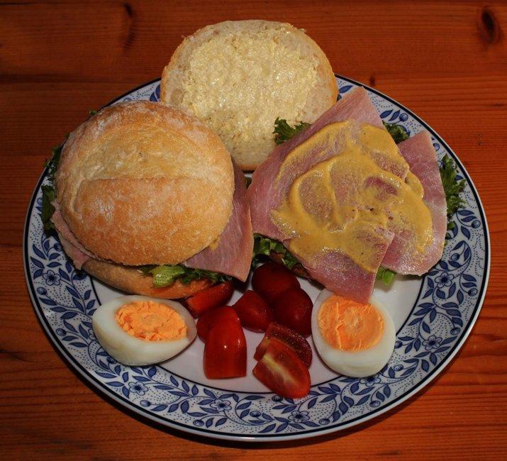 ham sandwiches 2.jpg