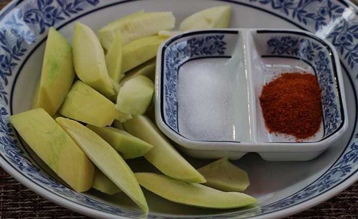 mangoes s.jpg