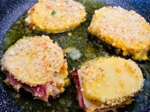 Preparing-potato-sandwiches-300x225.jpg