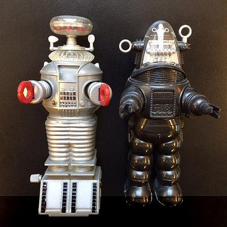 Robot B9 from Lostin Space & Robbie..jpg