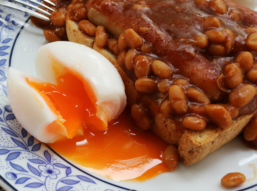 sausage beans egg toast s.jpg