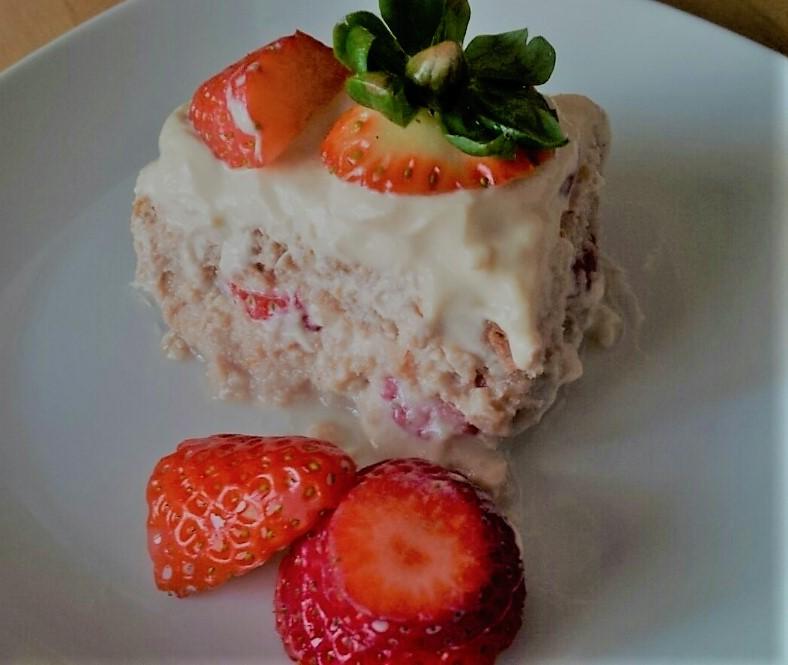 Strawberry Tiramisù.jpg
