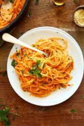 Vegan-Roasted-Red-Pepper-Pasta.jpg