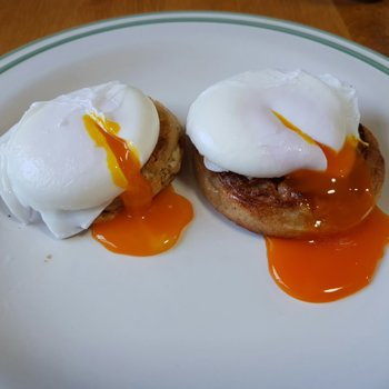Poached Eggs on Crumpets