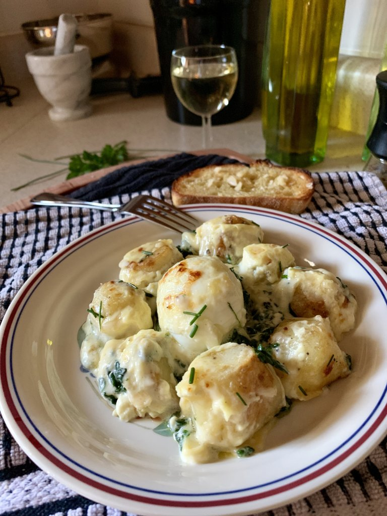 Mollet Eggs (And Potato) Florentine